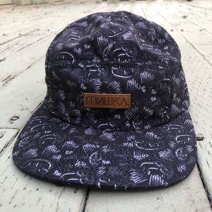🧢 Mishka hat